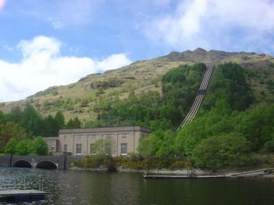 Loch_Sloy_hydro-electric_power_station_-_geograph.org.uk_-_173508.jpg